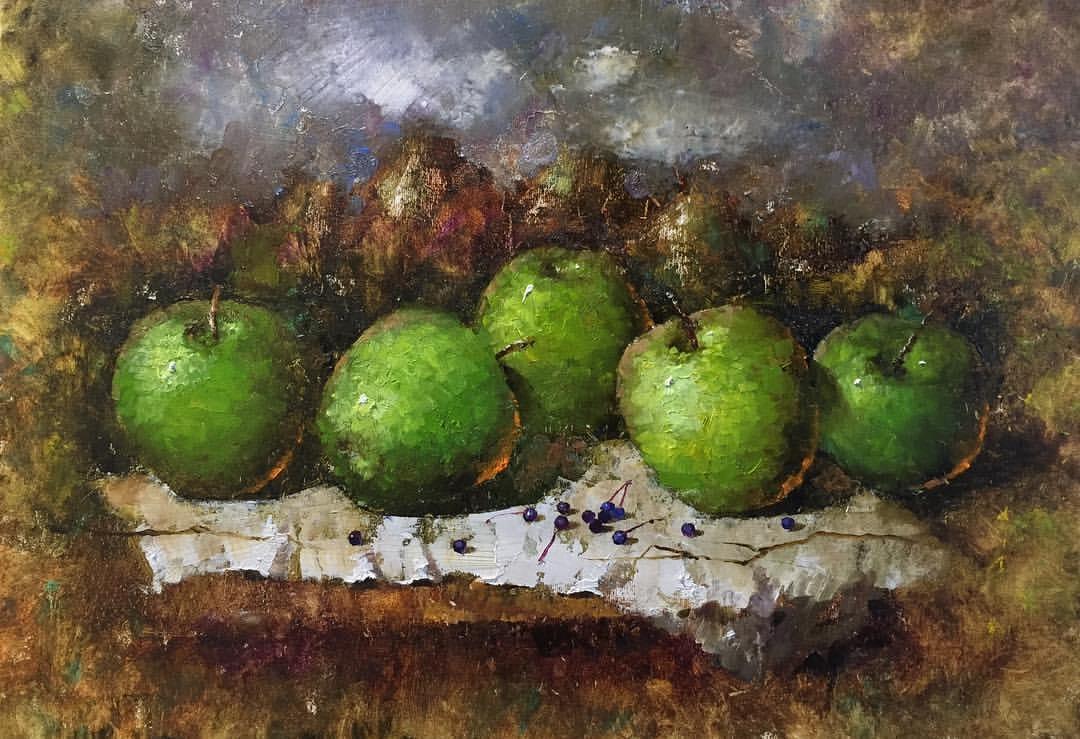 Пять зеленых яблочек