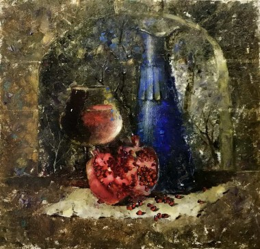 Красное вино согревает в зимнюю стужу